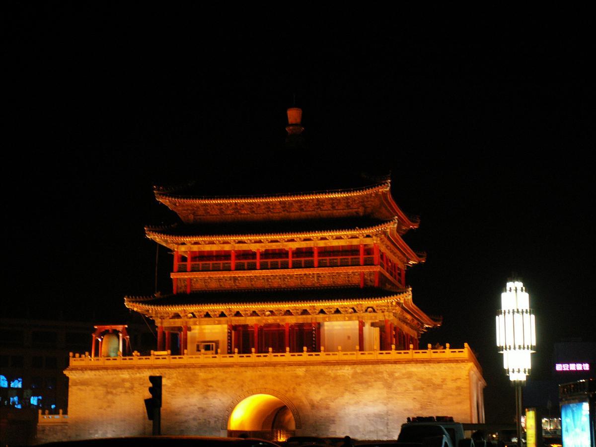 鐘楼ライトアップ(2)