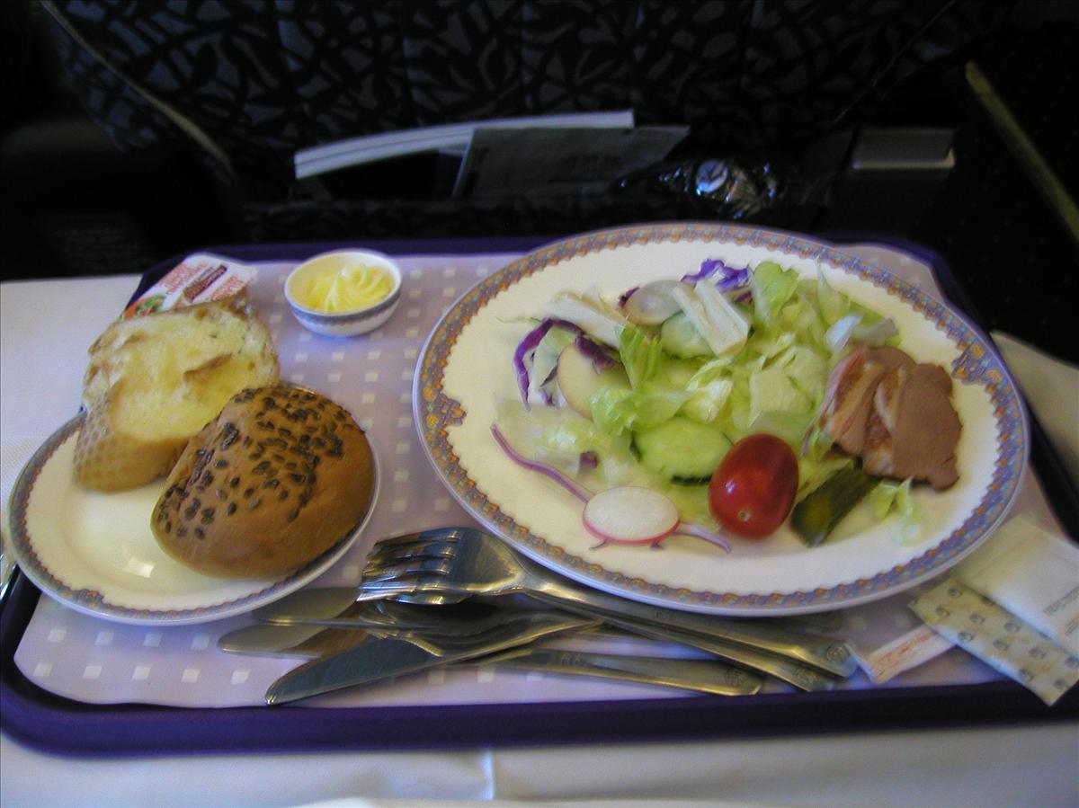 中国東方航空(MU)国内線機内食(前菜)