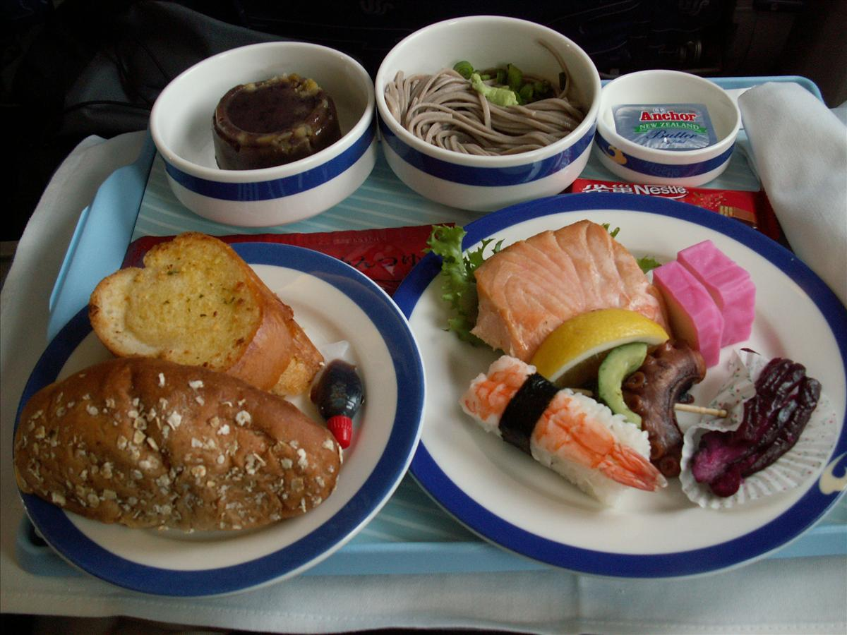 東京へ中国国際航空(CA)機内食(前菜)