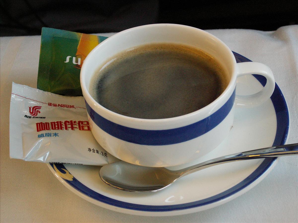 珈琲はインスタント中国国際航空(CA)機内食