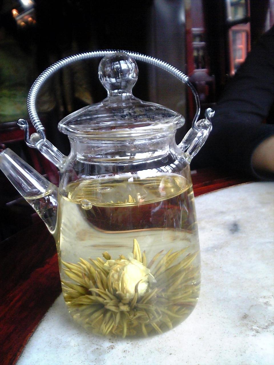 湖心亭のジャスミン茶