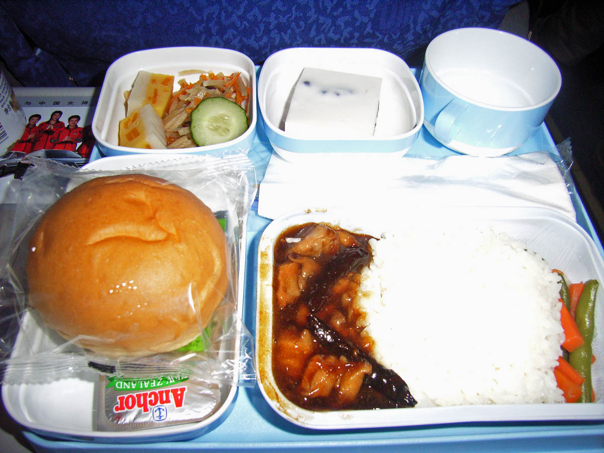 中国国際航空(CA)421便(9月末)の機内食