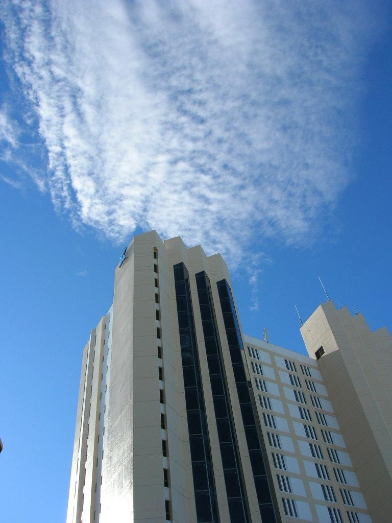 ハファダイビーチホテル、クリスタルタワー