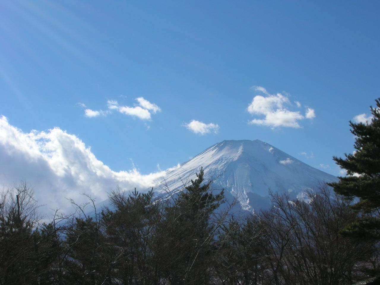 ホテルマウントフジからの1月の富士1