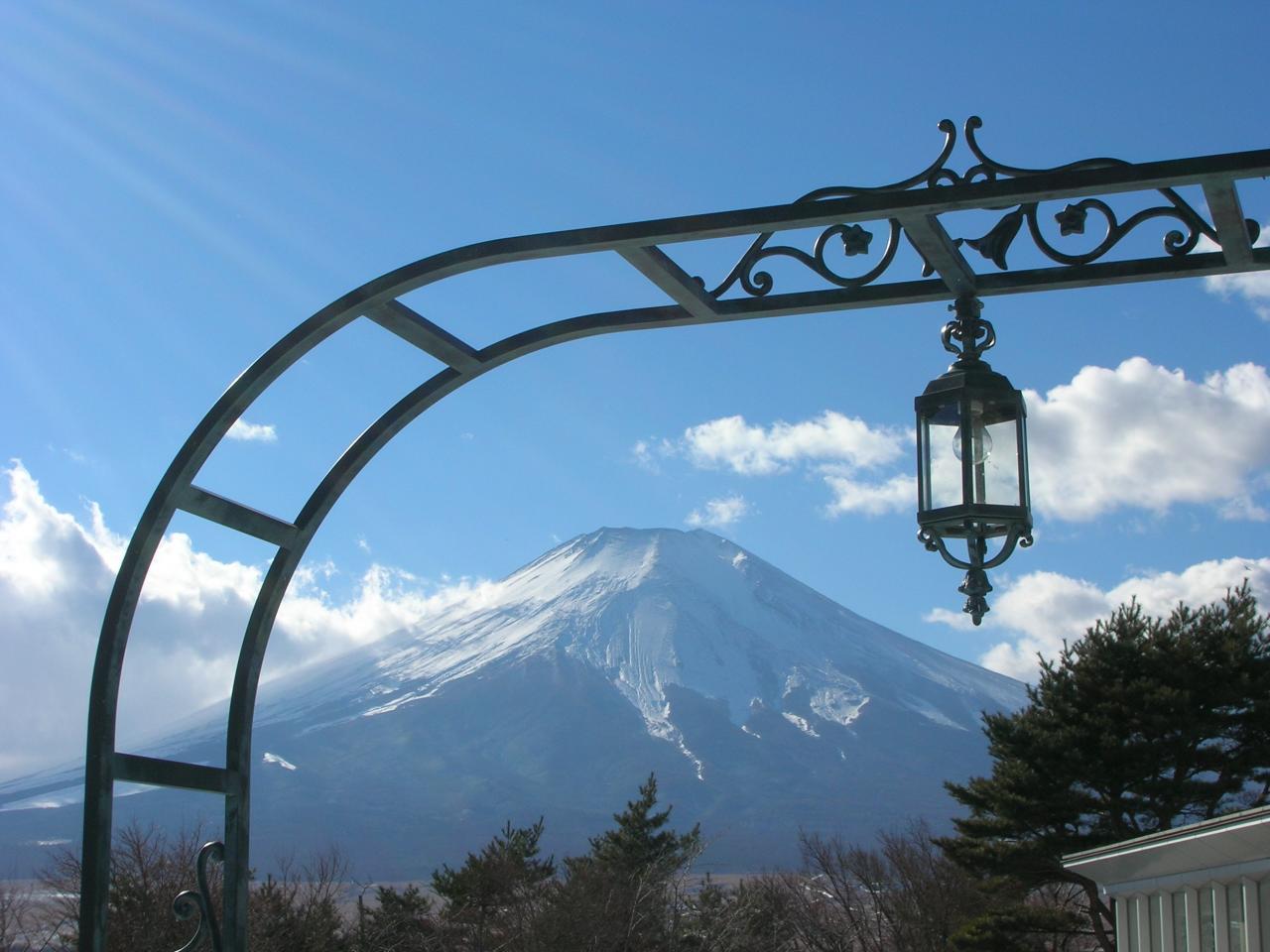 山中湖フジビューホテルからの富士