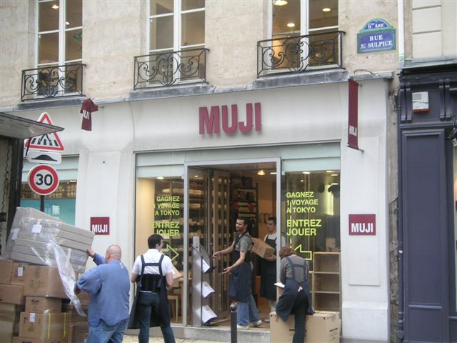 MUJI  in Paris