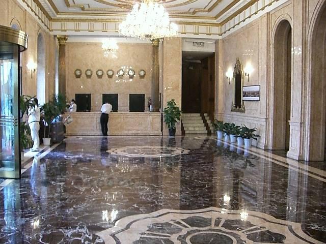 大連賓館(大連ホテル)ロビー