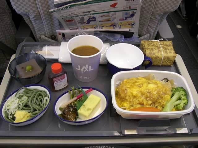 日本航空(JAL)797便機内食 1