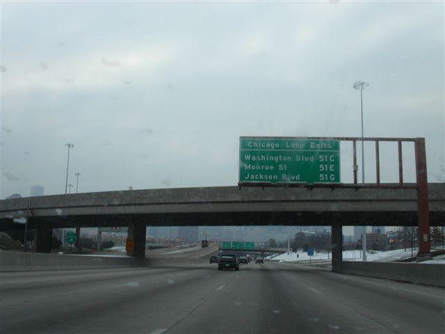 シカゴダウンタウンへの出口
