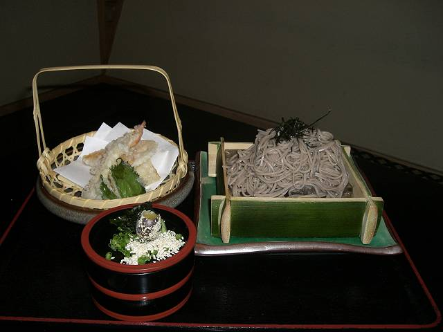 北京国際飯店 日本料理店 八幡 天ぷら ざる蕎麦