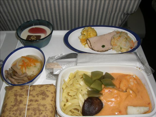 JL(JAL日本航空)603便 機内食 タイ風カレー