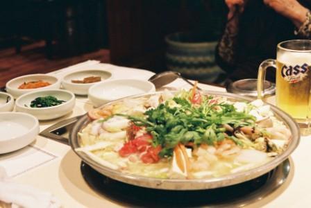 初の韓国料理