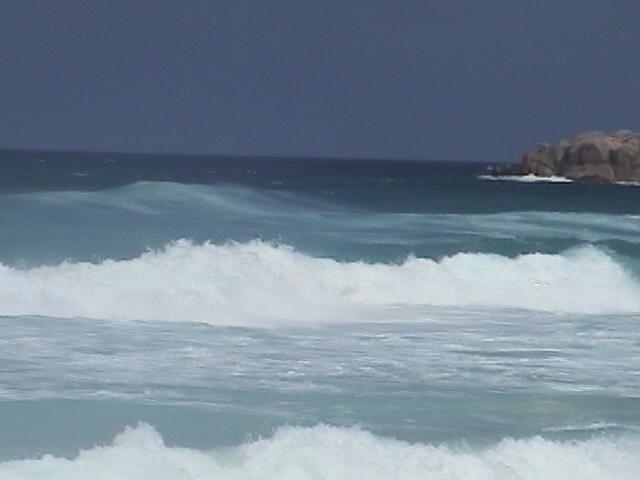 セイシェル諸島 ラ・ディーグ島 グラン・ダンスの波