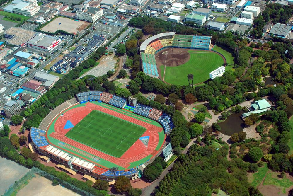 平塚競技場と平塚球場