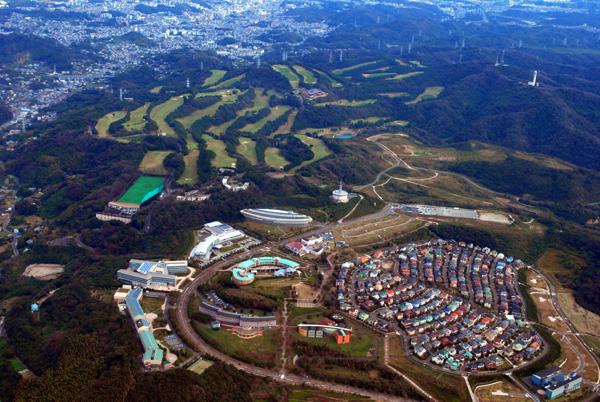 湘南国際村と葉山ゴルフ